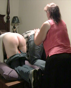 Spanking Video: Mom Belt Spanks