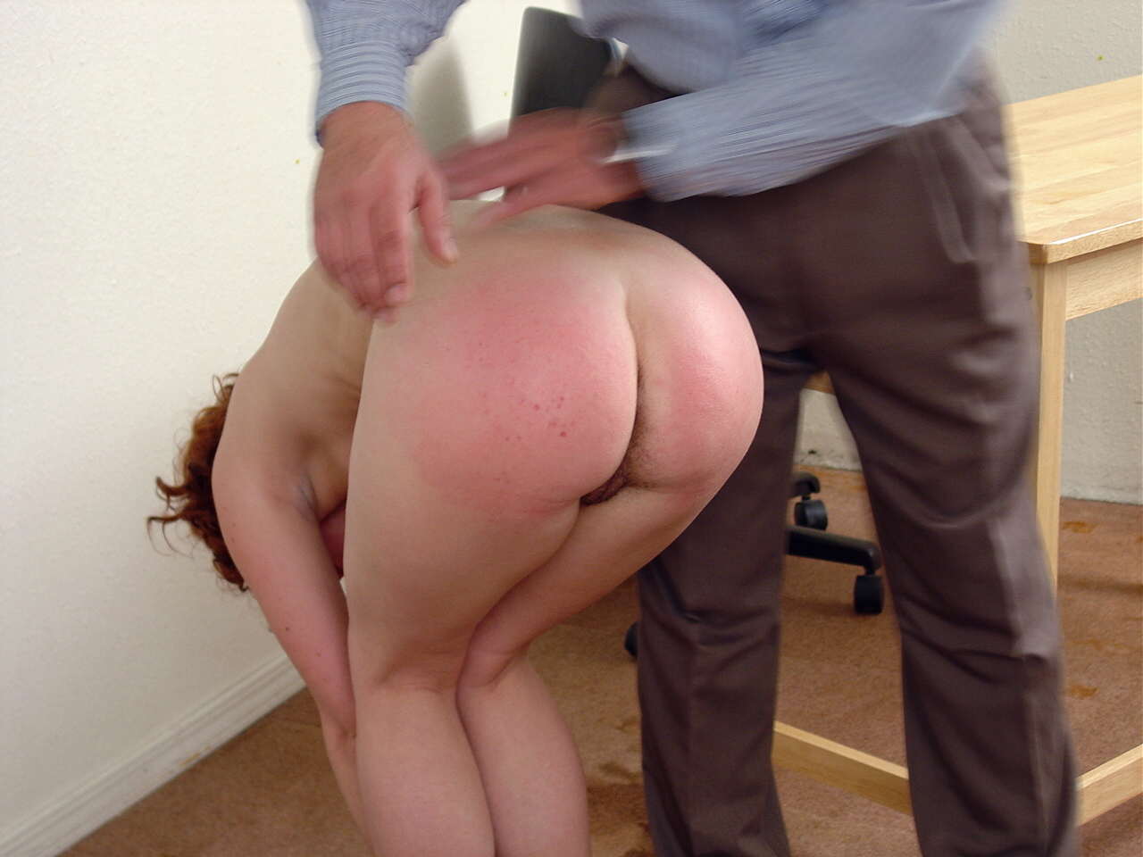 Spanking Video: Bettys Smoking Bottom